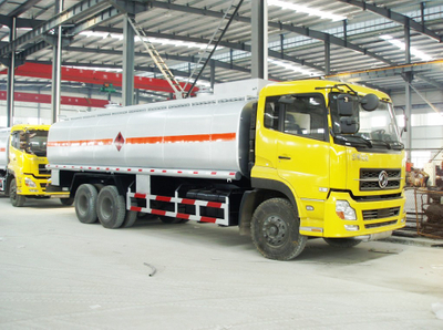 Dongfeng 22000-25000 Liters Mobile Refueling Tanker Truck
